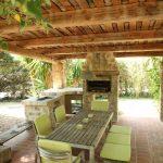 Villa Lucca- patio-eettafel