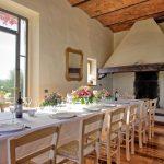 Villa Vicchio - eetkamer