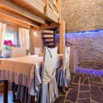 Vakantiehuis A l'Ombre du Pin - eetkamer