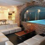 Vakantiehuis Les Reflets Bleus - woonkamer-zwembad