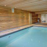 Vakantiehuis The Wood-Stone Cottage - binnenzwembad