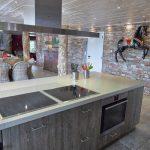 Vakantiehuis The Wood-Stone Cottage - keuken