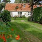 Vakantiehuis Villa Deman - oprijlaan