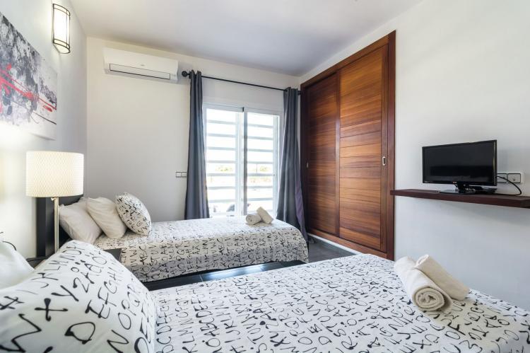 Vakantiehuis Can Parreta in San Antonio, Ibiza huren l Boekluxevilla