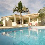 Villa Diferente - zwembad